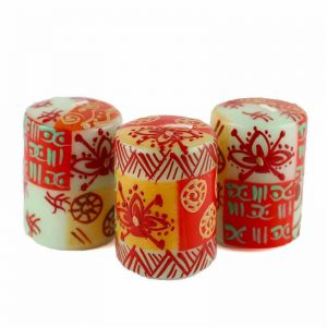 HAND PAINTED CANDLES IN OWODUNI DESIGN (BOX OF THREE) – NOBUNTO