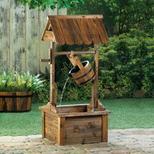 Wood Wishing Well Garden Fountain